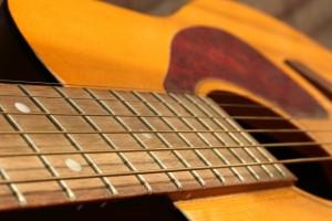 おすすめのギター弦の太さについて考える