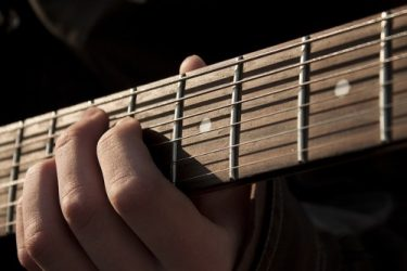 セッションやバンドで絶対に埋もれないギターの音作り方法